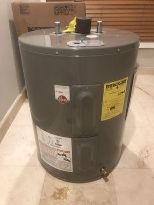 Rheem 28gal Electric Water heater for Sale in Davie, FL