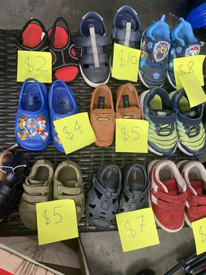Toddler boy shoes mostly size 6 & 7 for Sale in Sevierville, TN