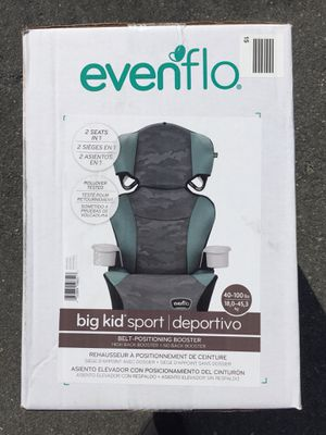 Brand New Convertible Car Seat High Back Booster to No Back Booster Baby Kids 2Cup Holders for Sale in Miami Gardens, FL