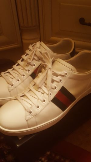 Gucci shoes size 8 w 100% authentic for Sale in Bellevue, WA