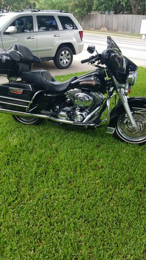 2006 Electra Glide Harley Davidson motorcycle for Sale in Leander, TX