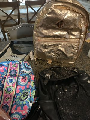 8 bags for Sale in Pawtucket, RI