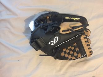 Rawlings baseball glove for Sale in Indianapolis,  IN