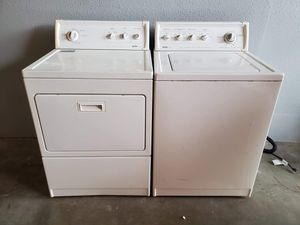 Kenmore washer and electric dryer set good working condition for Sale in Denver, CO