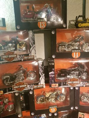 Harley Davidson series models and norscot die cast Caterpillar models for Sale in Payson, AZ