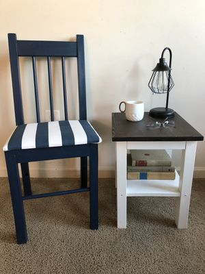 Accent chair and end table for Sale in Laurel, MD