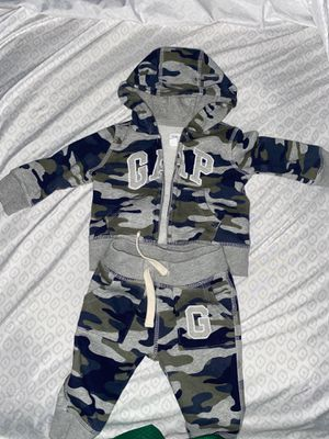 Infant baby gap Camouflage 6 to 12 months for Sale in Fairburn, GA