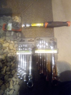 """2 sets of MM racheting wrenches (flex head and combo) & 1/2"""" extendable ratchet ( brand new) for Sale in Henderson, NV"""