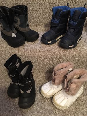 Snow boots, kids size 8, 9 and 10 for Sale in San Diego, CA