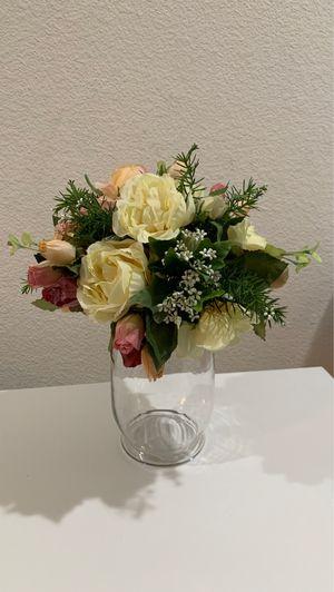 Artificial flower vase for Sale in Las Vegas, NV