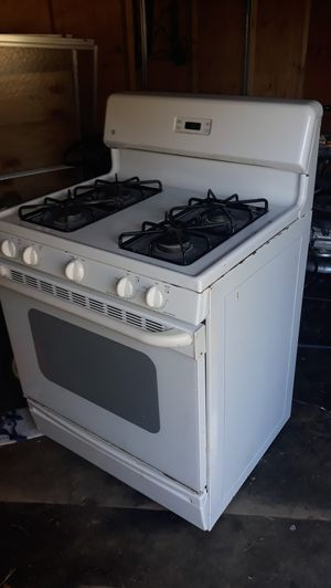 Gas stove for Sale in Tysons, VA