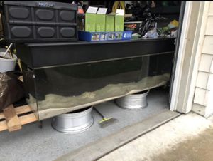 100 gallon acrylic tank with hood for Sale in Stockton, CA