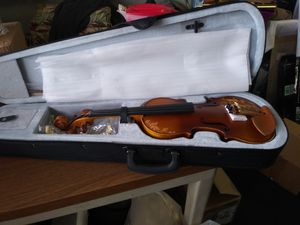 Kinglo 4/4 violin for Sale in Bakersfield, CA
