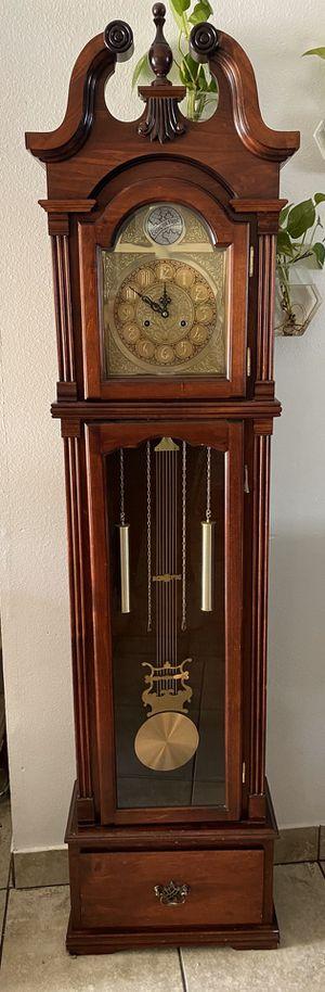 Grandfather Clock for Sale in Jurupa Valley, CA