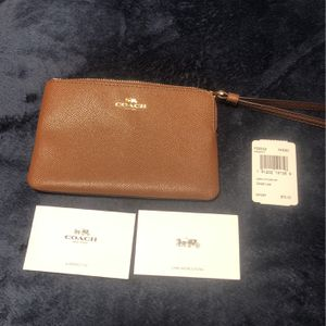 Coach Clutch for Sale in Fort Lauderdale, FL