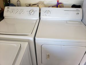 Kenmore washer and dryer set for Sale in Seminole, FL
