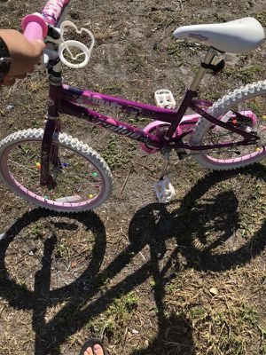 Girls bike for Sale in Coral Gables, FL