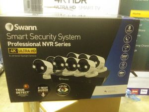SWANN SECURITY CAMERAS for Sale in Los Angeles, CA