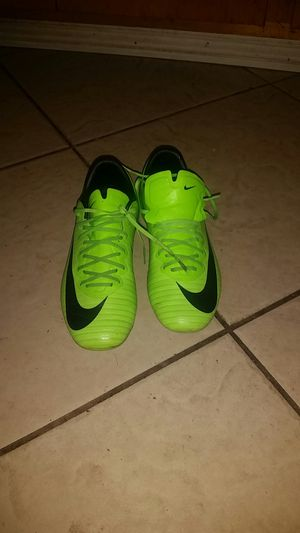 Nike soccer shoes size 3.5 for Sale in Sanger, CA