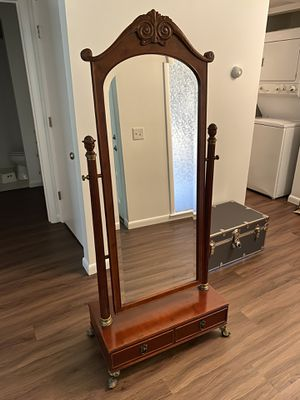 Bombay Company Cheval Mirror w/drawer for Sale in Nashville, TN