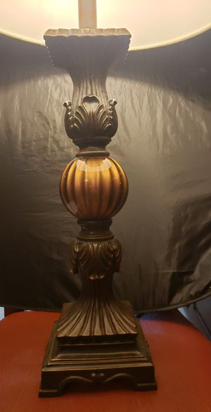 Nice lamp with round barrel shade for Sale in Carrollton, TX