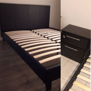 New queen bed frame and nightstand mattress is not included for Sale in Hollywood, FL