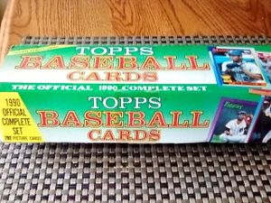 1990 box of baseball cards for Sale in Long Beach, CA