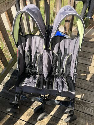 Double stroller for Sale in Concord, NC