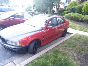 2001 BMW 525i needs tune up and battery for Sale in Bowie, MD
