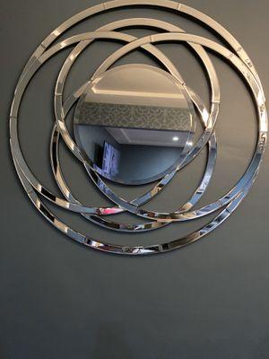Wall mirror decor for Sale in Lynwood, CA