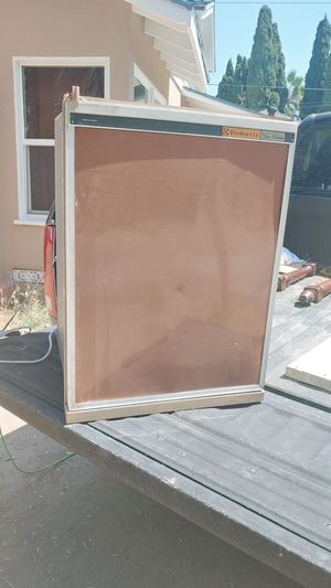 Trailer Vintage fridge.working for Sale in Whittier, CA