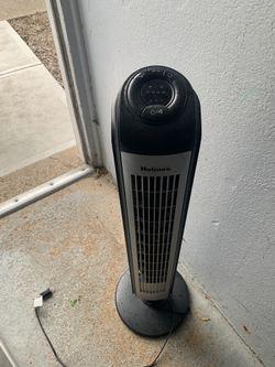"Holmes® HTF3606AR 36"" Tower Fan for Sale in Englewood,  NJ"