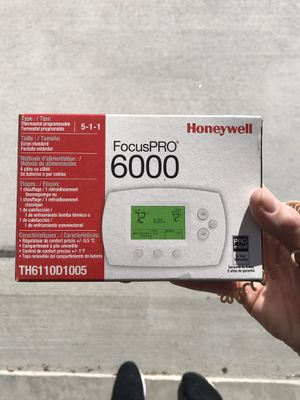 Honeywell programmable thermostat for Sale in Chesapeake, VA