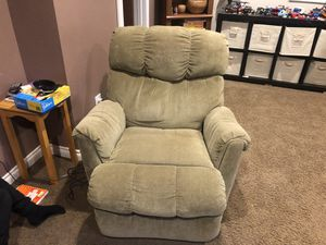 Recliner and hide-a-bed couch for Sale in Ferndale, WA