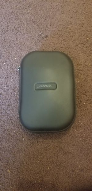 Bose wireless headphones for Sale in Euclid, OH