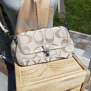 COACH Poppy Signature Lurex Layla for Sale in Spokane, WA
