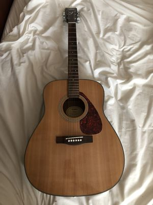 Yamaha Acoustic Guitar for Sale in Hyattsville, MD