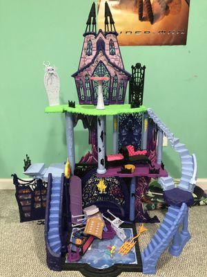 Monster doll house for Sale in Burlington, NJ