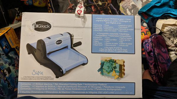 New Sizzix Bigkick with Multipurpose Platform and Cutting Pads Complete