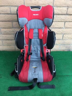 """Recaro Hero kids booster car seat large size, adjustable from 20 to 65 pounds, height 27"""" to 49"""" inches for Sale in San Diego, CA"""