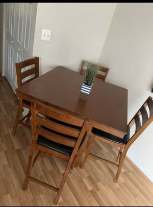 Dining table for Sale in Frederick, MD