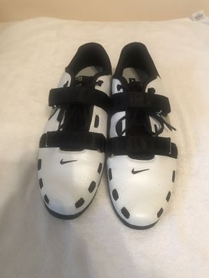 Mens Nike weight lifting shoes size 15 for Sale in Cypress Gardens, FL