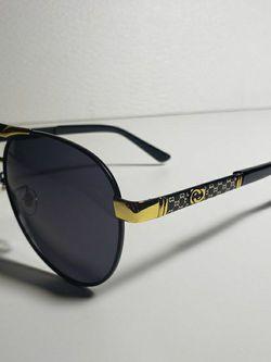 Gucci Black Sunglasses Polarized for Sale in Burlington,  VT