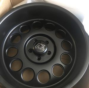 1 wheel for a Jeep 20 inch for Sale in The Bronx, NY