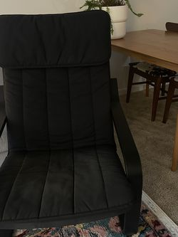 Comfy IKEA Poang Chair (freshly Deep Cleaned And Sanitized) for Sale in Seattle,  WA