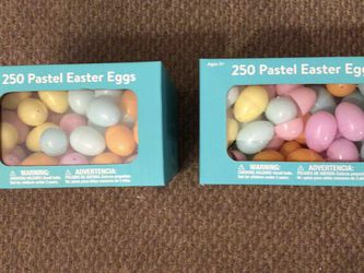 New Boxes Of 250 Plastic Eggs for Sale in Volo,  IL