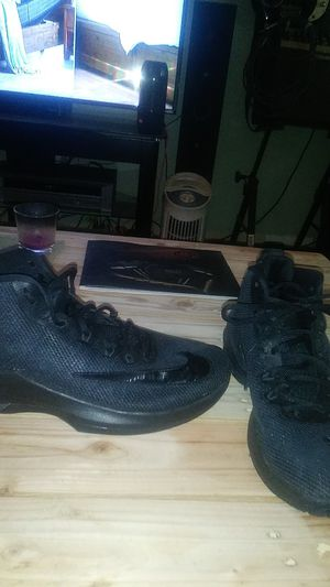 Men's Nikes shoes for Sale in Elgin, SC