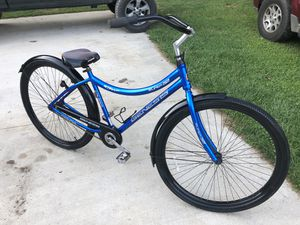 "Nice cruiser bike 32"" wheels for Sale in Riner, VA"