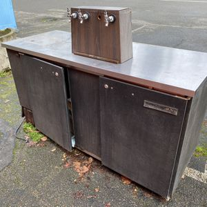 FREE *broken*Kegerator (Beverage Air) for Sale in Vashon, WA