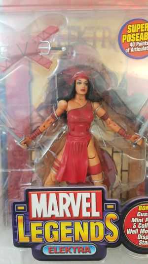 ELEKTRA Marvel Legends Series IV Toy Biz action figure New for Sale in Covina, CA
